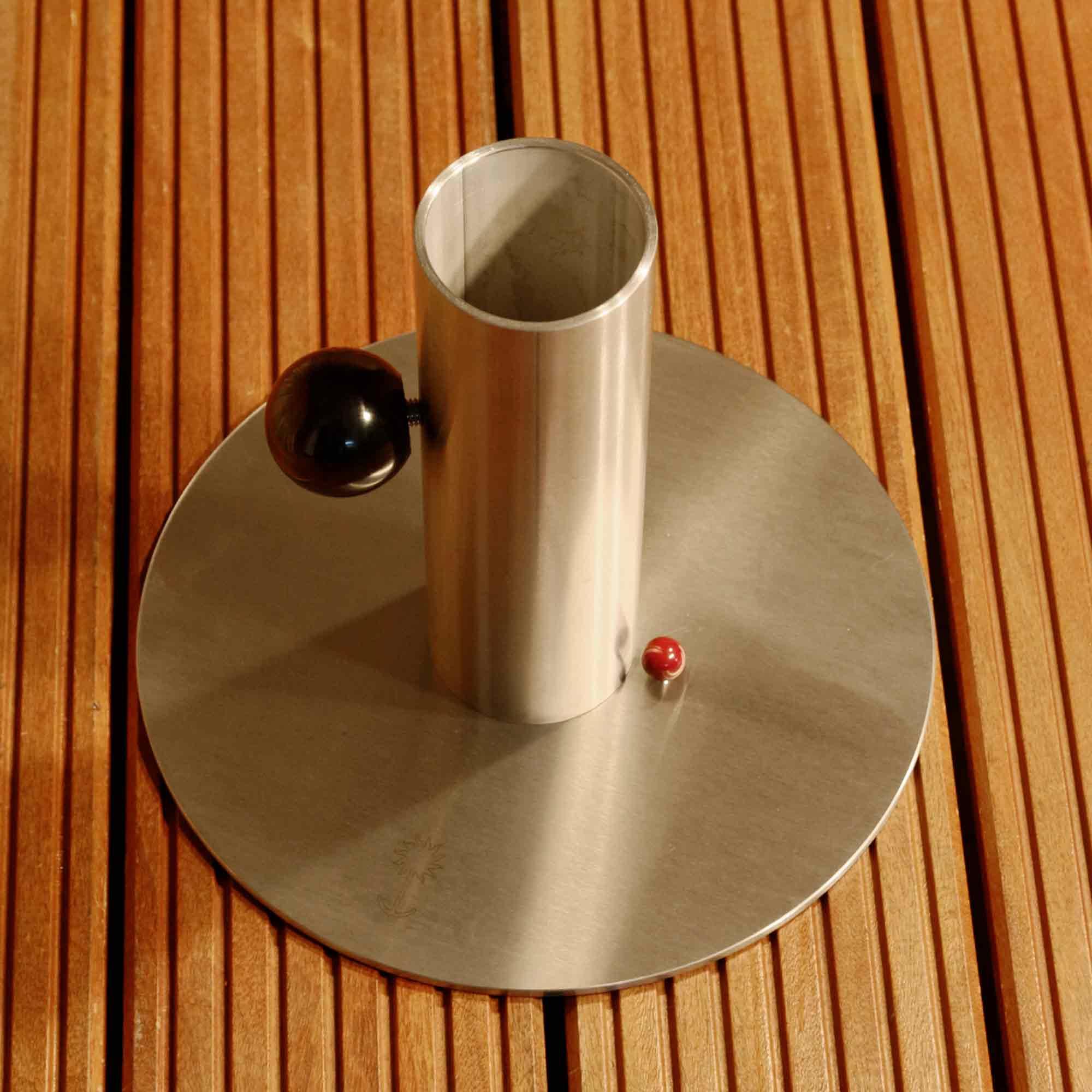 sonnenschirmst nder f r ampelschirme sonnenanker. Black Bedroom Furniture Sets. Home Design Ideas